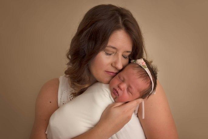Amelia_newborn-15